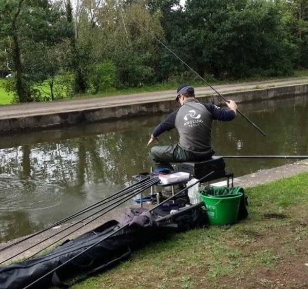 Alex Clegg canal match fishing Trent and Mersey canal